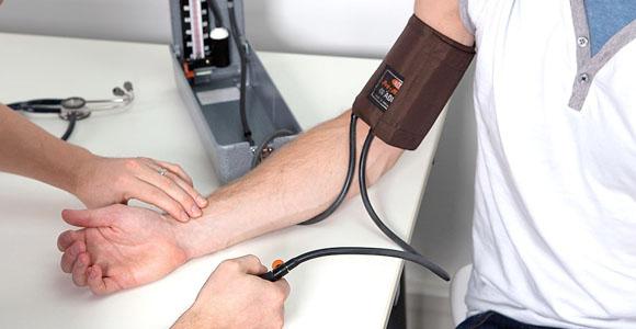 Atskleidė 4 būdus, padedančius įveikti žemą kraujospūdį